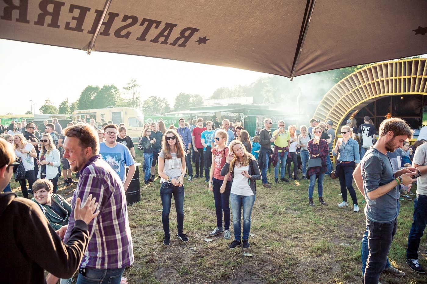 160806-Oakfield-Festival-SchroederART-60